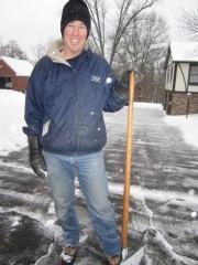 tom shoveling